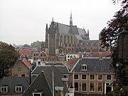 Leiden Hooglandse kerk vanuit Burcht