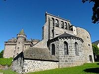 Les Ternes église et château.jpg