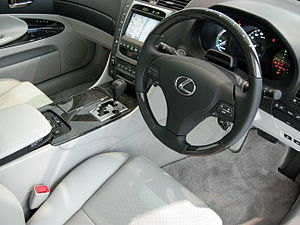 G-Book - Japanese-market Lexus GS 450h with G-Link equipped touchscreen system.