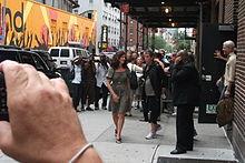 Una foto di Lou Reed in strada a New York nel 2010