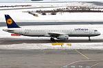 Lufthansa, D-AIDC, Airbus A321-231 (24989010779).jpg