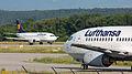 Lufthansa B737 D-ABXM.jpg