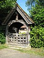 Lych gate, Himbleton church - geograph.org.uk - 846679.jpg