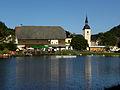 Mönichwald - Seegasthof Breineder und Kirche hll Peter und Paul.jpg