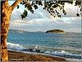 MELE BAY - Hideaway Island - panoramio.jpg