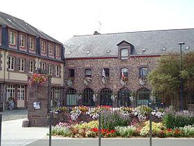 Montfort sur meu wikip dia for Piscine montfort sur meu