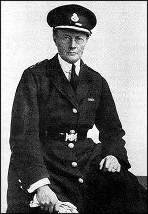 Margaret Damer Dawson - Margaret Damer Dawson in her Women Police Service uniform, about 1917