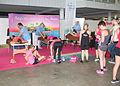 Masseurs zijn onmisbaar bij evenementen als de Ladiesrun 2015.jpg
