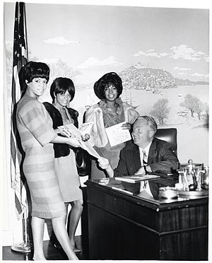 John F. Collins - Mayor John F. Collins with the Supremes, L-R: Florence Ballard, Diana Ross, and Mary Wilson (ca. 1966)