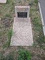 Memorial Cemetery Individual grave (2).jpg