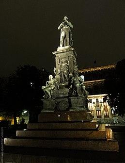 Memorial statue of Schiller in Vienna (7997218008).jpg