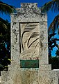Memorial to those who prerished in Labor Day 1935 Florida Keys Hurricane.jpg