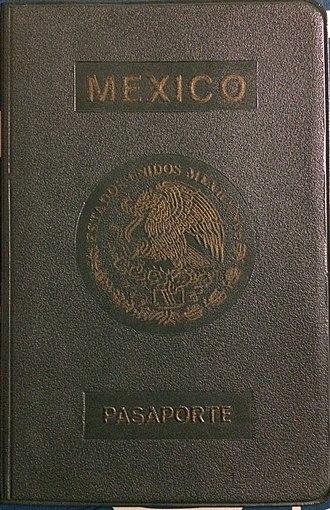 Mexican passport - Image: Mexican passport 1981
