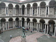 Milano brera cortile.jpg