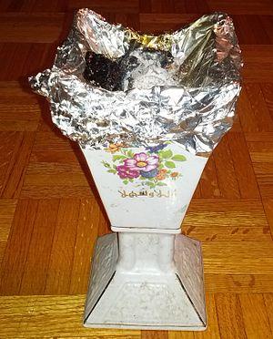 Dabqaad - A modern metallic design dabqaad.