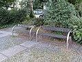 Mold benches - panoramio.jpg