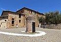 Monteriggioni, piazzetta 01.jpg