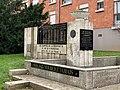 Monument Martyrs Résistance Déportation Livry Gargan 2.jpg