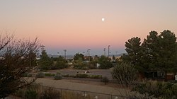 Moon over Sierra Vista - panoramio.jpg