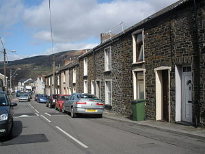 Mountain Ash, High Street.jpg