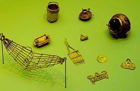 Muisca Fine Golden Figures - Museo del Oro.jpg
