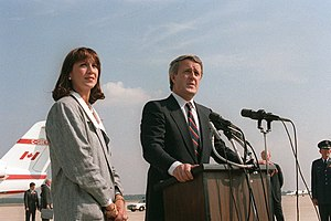 Brian Mulroney - Mila (left) and Brian (right) Mulroney at Andrews Air Force Base in September 1984