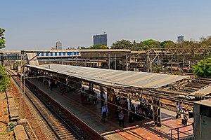 Elphinstone Road railway station - Image: Mumbai 03 2016 84 Elphinstone Road station
