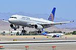 N461UA United Airlines 2000 Airbus A320-232 - cn 1266 (14307052781).jpg