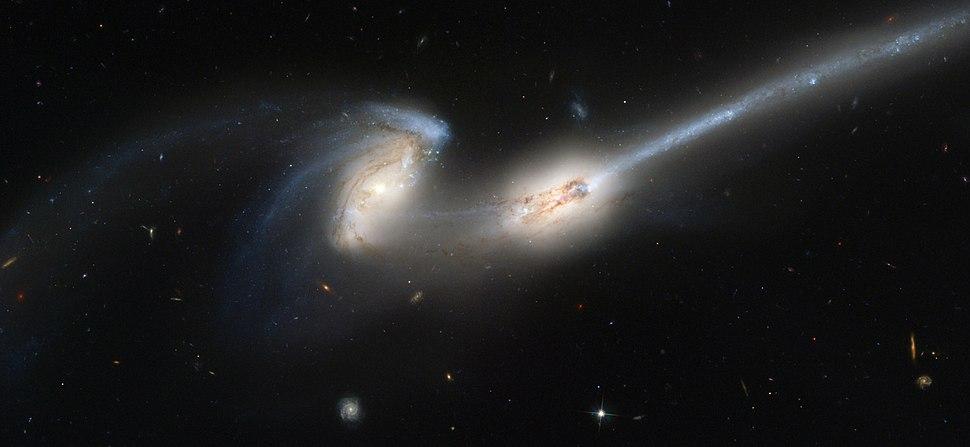 NGC4676