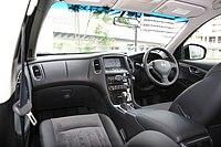 NISSAN SKYLINE CROSSOVER Black interior.jpg