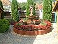 Nagymuzsaly, Hangulat étterem kerti szökőkút - panoramio.jpg