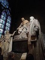 Noel 2018 à Notre Dame chapelle sculpture.jpg