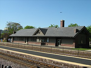 Norwood Park Metra Station.jpg