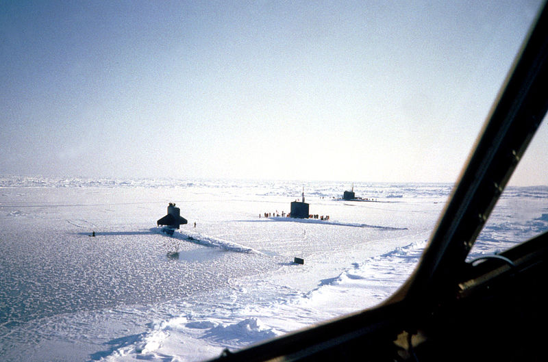 800px-Nuclear_Submarines_surfaced_at_the