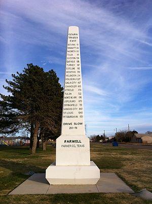 Parmer County, Texas - Image: Obelisk commemorating Ozark Trail in Farwell, Texas