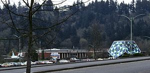 Oregon Museum of Science and Industry - OMSI at its 1958–1992 location, with planetarium building in front