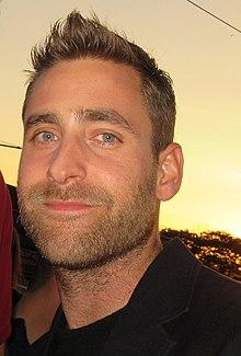 Oliver Jackson-Cohen (30583943977).jpg
