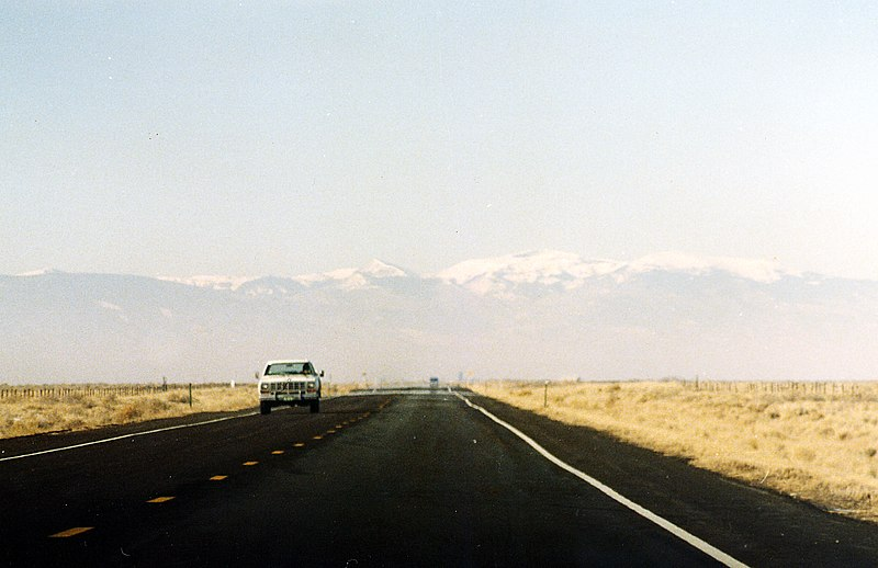 File:On the road, Colorado.jpg