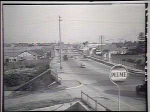 Parramatta Road - Parramatta Road in the 1930s looking east across Iron Cove Creek towards Ashfield. Photo courtesy State Library of NSW
