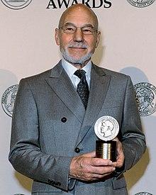 Patrick Stewart ai Peabody Award 2012