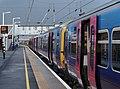 Peterborough railway station MMB 33 365518 365534.jpg