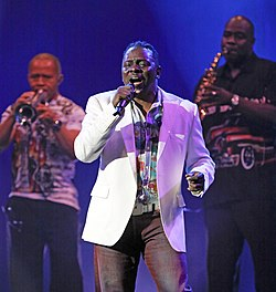 Philip Bailey live