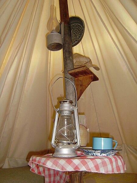 החיים באוהל