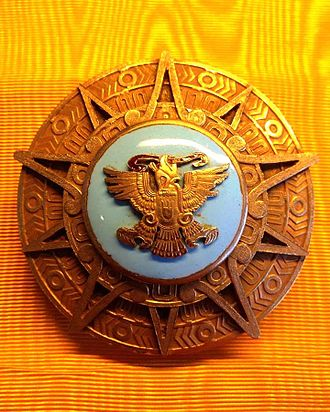 Order of the Aztec Eagle - Image: Placa Orden Aguila Azteca AE Acoll