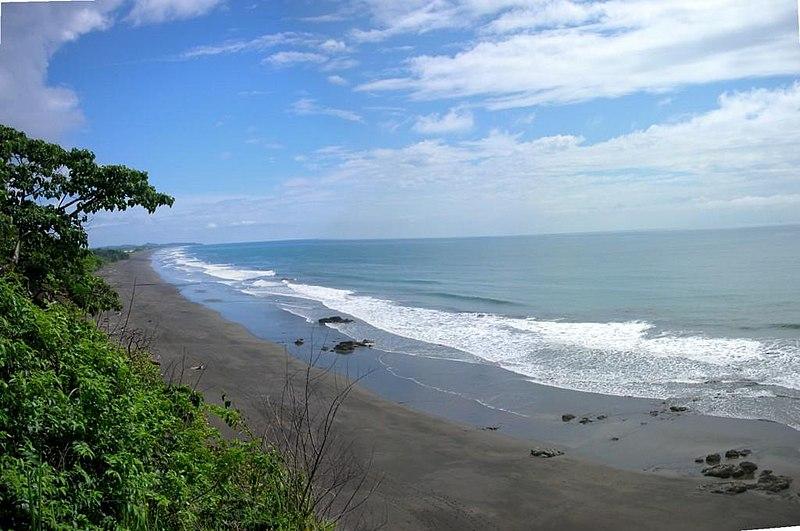 File:Playa Hermosa Jacó - panoramio.jpg