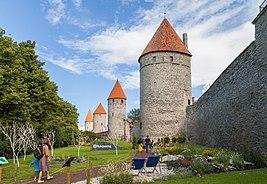 Plaza de la Torre, Tallinn, Estonia, 2012-08-05, DD 02
