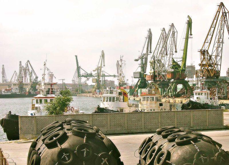 File:Port of Varna East.jpg