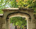 Portail d'entrée du parc du Clos Lucé.JPG
