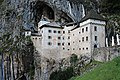 Predjama Castle-3065303.jpg