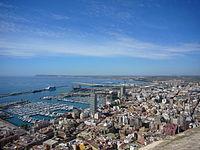Puerto de Alicante desde el Castillo de Santa Bárbara.JPG